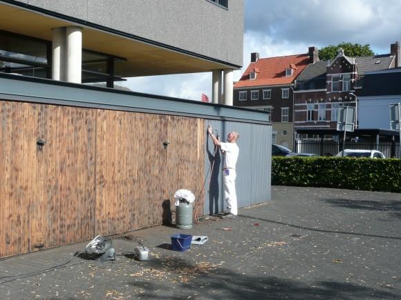 VvE-Pontplein Tilburg schilderwerk bezig